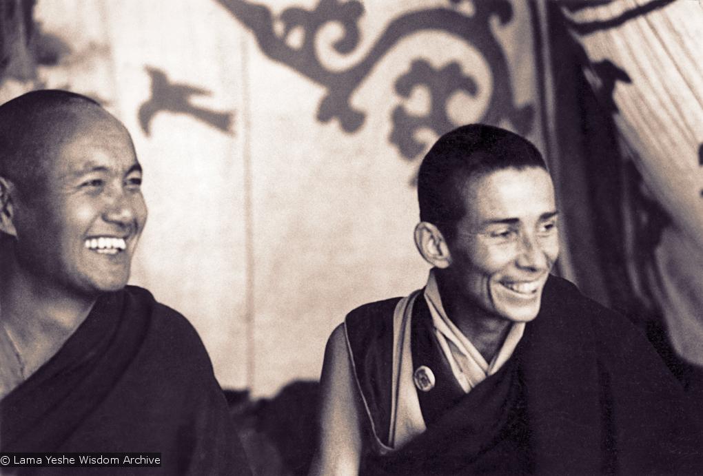 (00627_ud3.jpg) Lama Yeshe and Anila Ann at Bodhgaya, India, 1974.