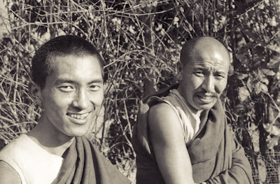 Lama Zopa Rinpoche and Geshe Thubten Tashi at Kopan Monastery, Nepal, 1971. Photo by Fred von Allmen.
