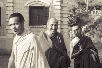 Lama Yeshe, Geshe Thubten Tashi and Lama Zopa Rinpoche at Kopan Monastery, Nepal, 1971. Photo: Fred von Allmen