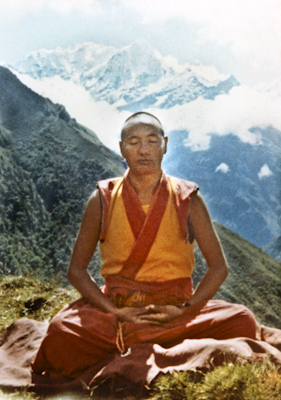 Lama Yeshe meditating at Lawudo Retreat Centre, Nepal, 1970. Photo by Robbie Solick.