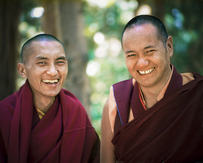 (12640_sl-4.psd) Lama Zopa Rinpoche and Lama Yeshe, Lake Arrowhead, 1975. This photo is from a three week retreat the lamas taught at Camp Arrowpines on Lake Arrowhead, east of Los Angeles, USA, 1975. Photo by Carol Royce-Wilder.