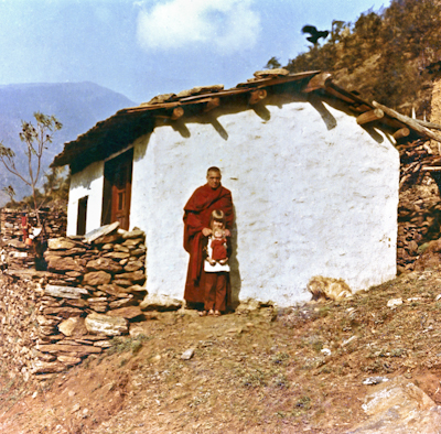 Zina Rachevsky and her daughter Rhea at Thubten Chöling Monastery, Nepal, 1973.