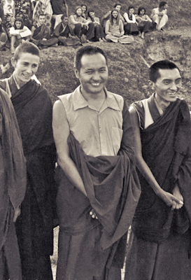 Anila Ann, Lama Yeshe and Lama Zopa Rinpoche with students at the Fourth Meditation Course, Kopan Monastery, Nepal,1973