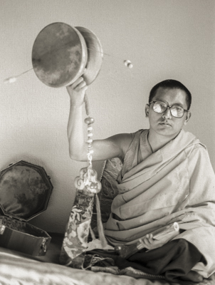 Lama Zopa Rinpoche playing the chöd damaru (drum), London, 1983. Photo: Robin Bath.