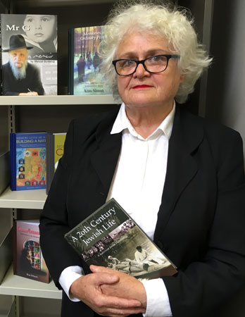 Adele Hulse at the Lamm Jewish Library of Australia, Melbourne.