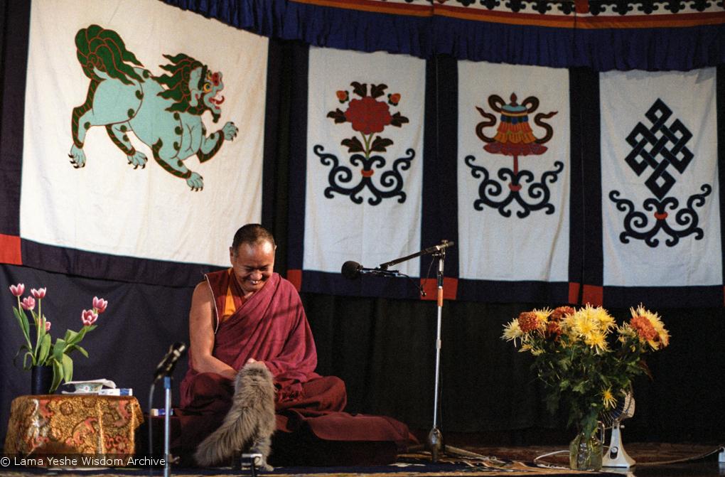 (04013_ng.JPG) Lama Yeshe teaching at Kosmos Centre, Amsterdam, 1979. Jan-Paul Kool (photographer)