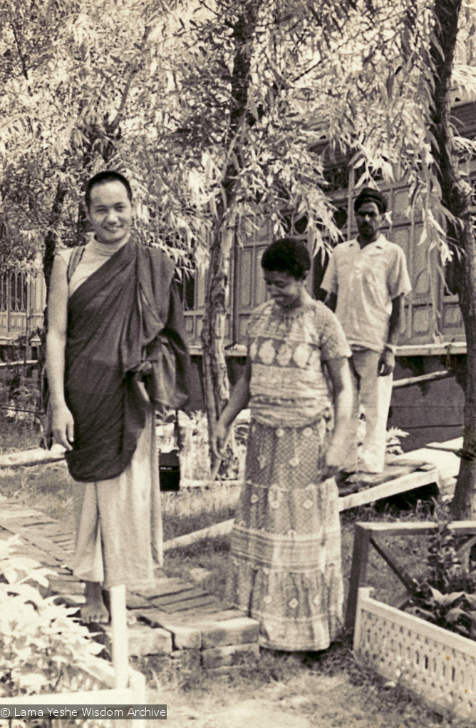 (15063_pr-2.psd) Lama Yeshe with Max Mathews on holiday in Srinagar, Kashmir, 1970. Photo by Domo Geshe Rinpoche who also accompanied them.