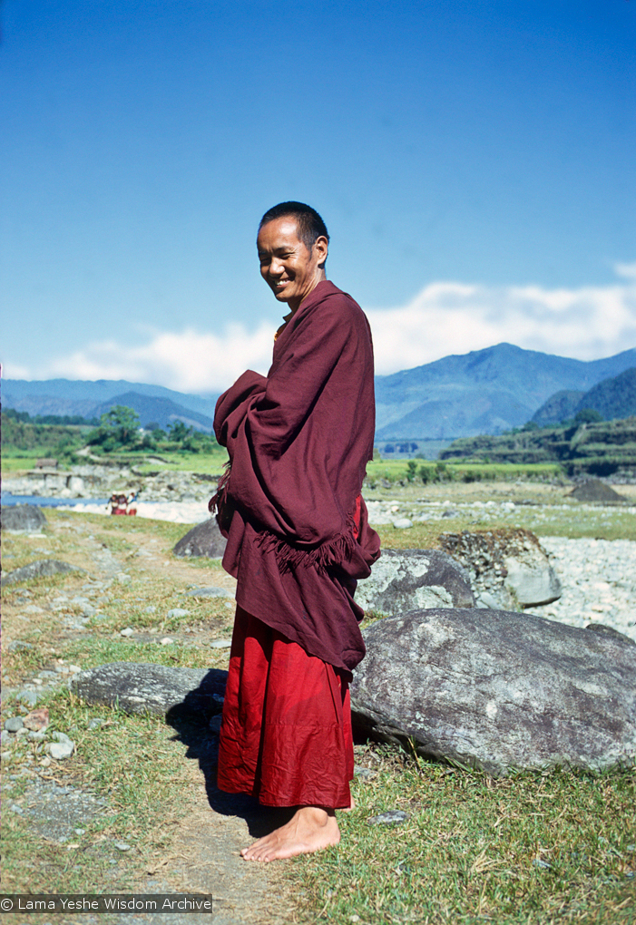 (15072_sl-2.psd) Lama Yeshe in Pokhara, west of Kathmandu. Photos by Max Mathews, 1970.