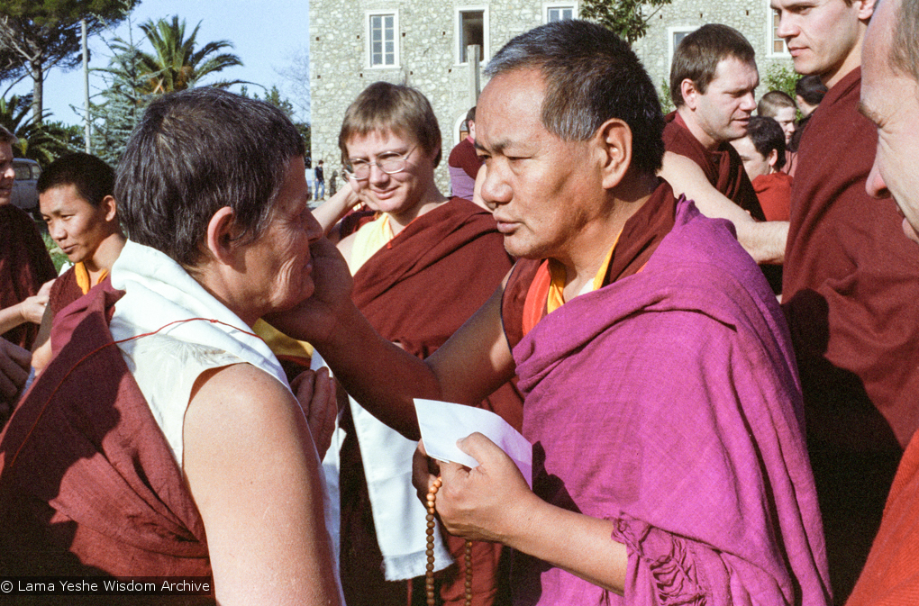 (15239_ng.tif) Lama Yeshe addressing western monks and nuns at Istituto Lama Tsongkhapa, Italy, 1983. Photos donated by Merry Colony.