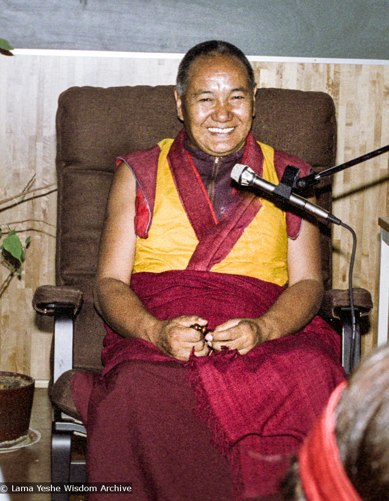 (17110_ng.TIF) Lama Yeshe was invited to Sweden for one week in September 1983. Here at Etnografiska Museet in Stockholm he gave a public teaching on Death, Intermediate State and Rebirth. Photos by Holger Hjorth.