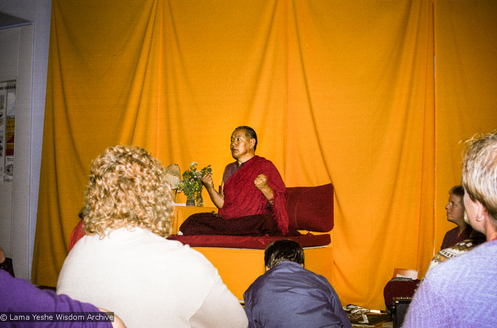 """(17148_ng.TIF) Over one weekend at Barnens O on Vaddo in September of 1983, Lama Yeshe gave a meditation course which later was published in English called """"Light of Dharma"""", translated into Swedish as """"Lamas ljus"""". Photos by Holger Hjorth. You can read a transcript here: http://www.lamayeshe.com/index.php?sect=article&id=719"""