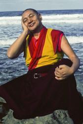 Lama Yeshe meditating by the ocean, Sicily, 1983. Photo: Jacie Keeley.