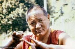 (02291_ng.jpg) Lama Yeshe in Zurich, 1979. Ueli Minder (photographer)