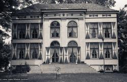 (03843_ng-3.psd) Maitreya Institute, Bruchem, Netherlands, 1981. Jan-Paul Kool (photographer)