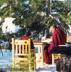 (04231_sl-3.JPG) Lama Zopa Rinpoche and Lama Yeshe, Tushita Retreat Centre, Dharamsala, India, 1978. Ueli Minder (photographer)