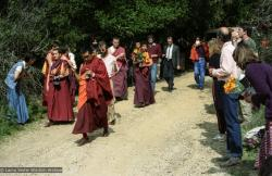 (05782_ng.jpg) Lama Zopa Rinpoche leading the procession to the cremation of Lama Yeshe at Vajrapani Institute, California in March of 1984. Photo by Ricardo de Aratanha.