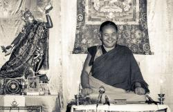 Lama Yeshe teaching at Tushita Retreat Centre, Dharamsala, India, 1983.