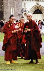 (07595_pr-3.jpg) Lama Yeshe, Lama Zopa Rinpoche and Zong Rinpoche, Manjushri Institute, 1978.