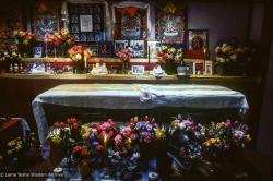 (09996_sl-3.JPG) Lama Yeshe's casket in the Vajrapani gompa, Vajrapani Institute, Boulder Creek, California, 1984. Ricardo de Aratanha (photographer)