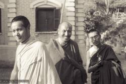 (10264_ng-2.psd) Photo of Lama Yeshe, Geshe Thubten Tashi and Lama Zopa Rinpoche taken at Kopan Monastery at the end of the first meditation course, Nepal, 1971. Photo by Fred von Allmen