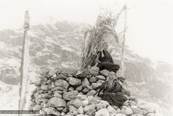 (12032_pr-2.psd) Lama Zopa Rinpoche (top) and Lama Yeshe meditating. Photo from the first trek to Lawudo Retreat Center in Nepal, spring of 1969. Lawudo was the hermitage of the Lawudo Lama, the former incarnation of Lama Zopa Rinpoche. Photos by George Luneau.