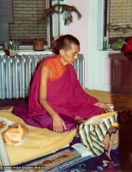 (12377_pr-3.jpg) In July 1974, the lamas and Mummy Max arrived in New York City to begin the first international teaching tour of Lama Yeshe and Lama Zopa Rinpoche. They stayed at the apartment of Lynda Millspaugh on the Upper West side of Manhattan. Lama Zopa Rinpoche promptly set up his shrine on top of his sleeping bag and did pujas and meditations, just as at Kopan.