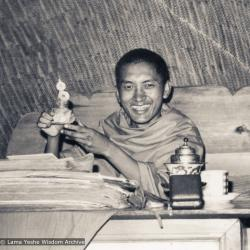 (12411_pr-3.psd) Lama Zopa Rinpoche in the cave of the Lawudo Lama, his previous incarnation, 1970. Lawudo Retreat Centre. Robbie Solick (photographer)