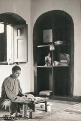 (12472_pr-3.psd) Sylvia White, 1971, Kopan Monastery. Sylvia White (donor)