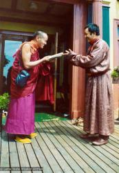 (12535_pr-2.psd) Lama Yeshe meeting Tarthang Tulku in Berkeley, California, 1974. Photo donated by Judy Weitzner.