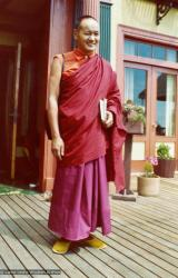 (12537_pr-2.psd) Lama Yeshe in Berkeley, California, 1974. Photo donated by Judy Weitzner.