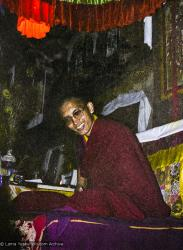 (12614_ng-2.psd) Lama Zopa Rinpoche teaching. Photo from the 8th Meditation Course at Kopan Monastery, Nepal, 1975.