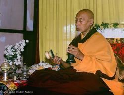 (13795_ud-3.psd) Zong Rinpoche at Tushita Retreat Centre, Dharamsala, India, 1982. Dieter Kratzer (photographer)