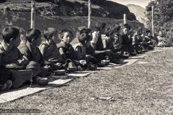 (15157_ng.psd) Mount Everest Centre students having lunch at Kopan Monastery, Nepal, 1972.