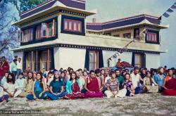 (15186_sl-3.psd) Lama Zopa Rinpoche in a group photo from the Fourth Meditation Course, Kopan Monastery, spring, 1973.