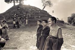 (15202_ng.psd) Lama Yeshe and Lama Zopa Rinpoche in group photos from the Fourth Meditation Course, Kopan Monastery, Nepal,1973
