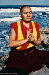 (15231_pr.psd) Portraits of Lama Yeshe meditating by the ocean, Sicily, 1983. Photos by Jacie Keeley.