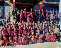 (15881_sl.tif) Lama Yeshe with the Mount Everest Center students at Lawudo Retreat Center, Nepal, October, 1973. Wim, the Dutch artist who painted murals at Tushita is standing in back row, a tall fellow with glasses a bit to the right of Lama Yeshe. Also in that row is Jampa Chökyi (Helly, Jamyang Wangmo) who is at the left, next to Rinpoche's sister Ngawang Samten.