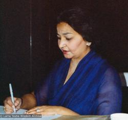 (16689_pr-3.psd) Sunita Kakaria, co-founder of the Tushita Mahayana Meditation Centre (also known as Tushita-Delhi), in Shantiniketan, India, 1979. Photo by Jacie Keeley.