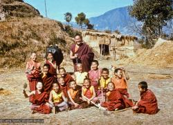 (16704_ng.psd) Lama Yeshe with the Mount Everest Center students, Kopan Monastery, Nepal, 1976. Michael Losang Yeshe (Michael Cassapidis) is sitting at the front left.