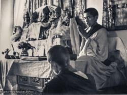 (16786_pr-3.psd) Rinpoche teaching during the fourth course, Kopan Monastery, 1973. Anila Ann is in the foreground.