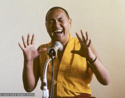 1978, Lama Yeshe teaching in Zurich, Switzerland. Photo by Ueli Minder.