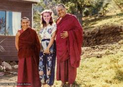 (25780_pr-3.psd) Maria Nagy with Lama Zopa Rinpoche and Lama Yeshe, Chenrezig Institute, Australia, 1979.