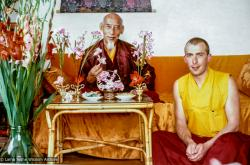 (39384_pr-3.tif) Peter Kedge with Zong Rinpoche, Istituto Lama Tzong Khapa, Italy, 1978. Peter Kedge (donor)