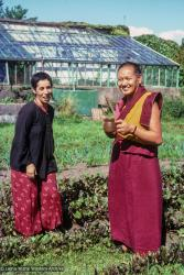 (39398_sl-3.jpg) Zia Bassam and Lama Yeshe in Manjushri Institute garden, England, 1978.