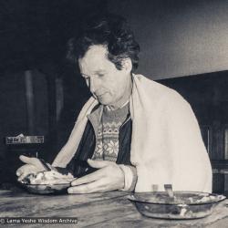 (39408_pr-3.psd) Denis Huet, Institut Vajra Yogini (IVY), ca 1980.