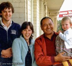 (39498_ud-3.psd) Lama Yeshe with Will, Lyndy and Sarah Jay Abram, Adelaide, Australia, 1981.