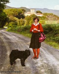 (39522_ng-3.psd) Jacie Keeley, Istituto Lama Tzong Khapa, Pomaia, Italy, 1983.