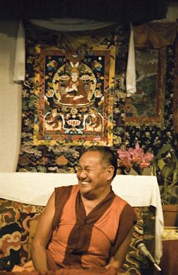 Lama Yeshe teaching at Vajrapani Institute, California, 1983. Photo: Carol Royce-Wilder.