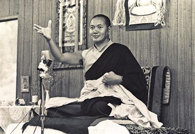 Lama Yeshe teaching at Lake Arrowhead, California, 1975. Photo by Carol Royce-Wilder.