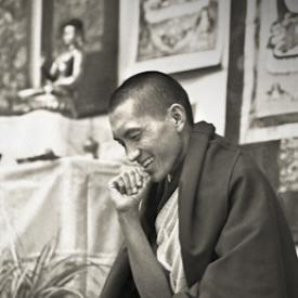Lama Zopa Rinpoche teaching at Royal Holloway College, England, 1975. Photo: Dennis Heslop.